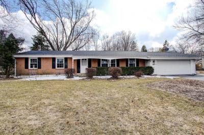 Photo of 17755 Continental Dr, Brookfield, WI 53045