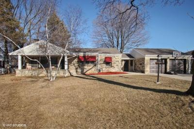 Photo of 938 S 112th, West Allis, WI 53214