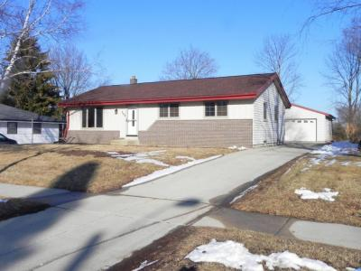 Photo of 368 S Colonial Pkwy, Saukville, WI 53080