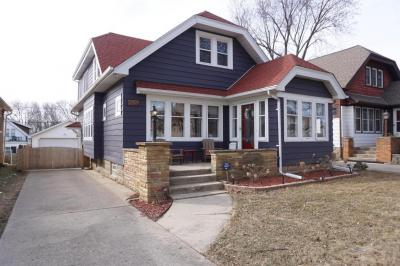 Photo of 2431 N 67th St, Wauwatosa, WI 53213
