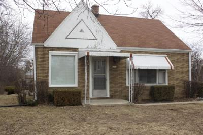 Photo of 6924 W Layton Ave, Greenfield, WI 53220