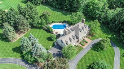 Photo of 6642 N Wildwood Point Rd, Chenequa, WI 53029
