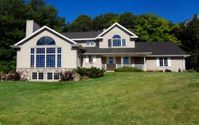 W7041 Wildberry Hill Rd, Greenbush, WI 53073