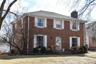 Photo of 604 Elm Spring Ave, Wauwatosa, WI 53226