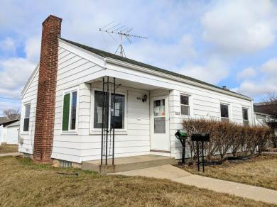 3275 S 21st St, Milwaukee, WI 53215