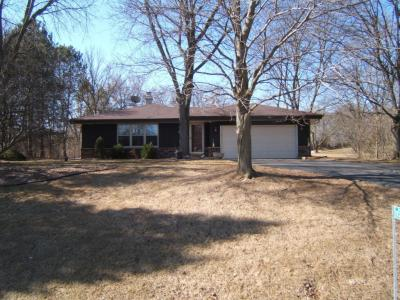 Photo of W323S1701 Moraine View Dr, Genesee, WI 53018