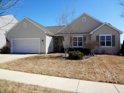 Photo of 1336 Dovetail Dr, Hartford, WI 53027