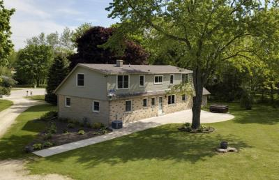 Photo of 5121 State Road 33, Addison, WI 53095