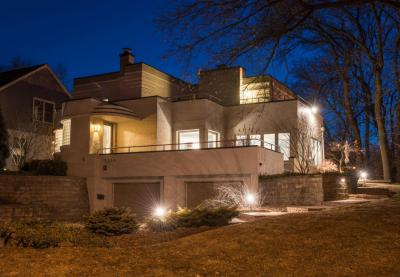 Photo of 1251 N 86th St, Wauwatosa, WI 53226