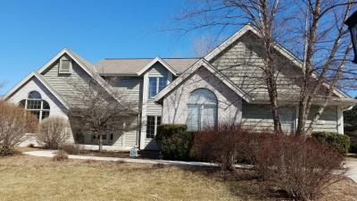 Photo of 4694 S River Ridge Blvd, Greenfield, WI 53228
