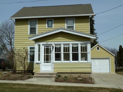 Photo of 614 Mckinley Ave, Hartford, WI 53027