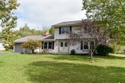 Photo of 8810 N Rexleigh Dr, Bayside, WI 53217