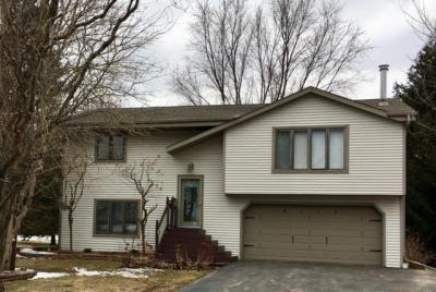 Photo of 5174 William Tell Dr, Addison, WI 53095