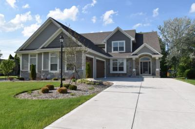 Photo of S77W15180 Pheasant Run Dr, Muskego, WI 53150