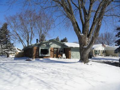 Photo of 103 Oakview Dr, Slinger, WI 53086