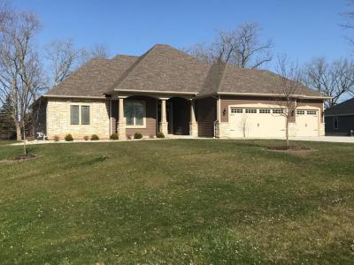 Photo of 8003 S 68th St, Franklin, WI 53132