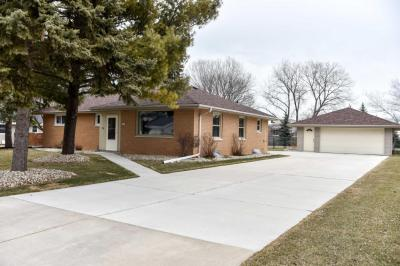 Photo of 4266 S 78th St, Greenfield, WI 53220