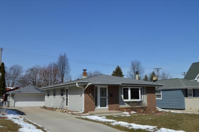 Photo of 721 S 109th St, West Allis, WI 53214