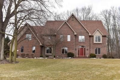 Photo of 2760 Lancaster Ct, Brookfield, WI 53045