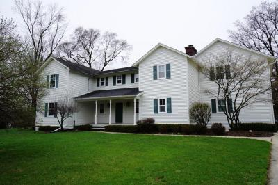 Photo of 1785 Whitemont Dr, Brookfield, WI 53045