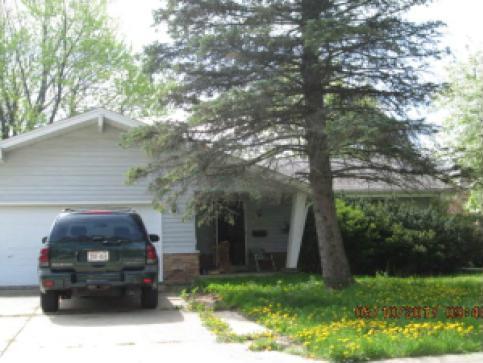 5785 Rochelle, Greendale, WI 53129