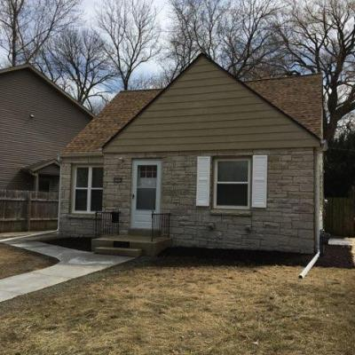 Photo of 2905 E Crawford Ave, St Francis, WI 53235