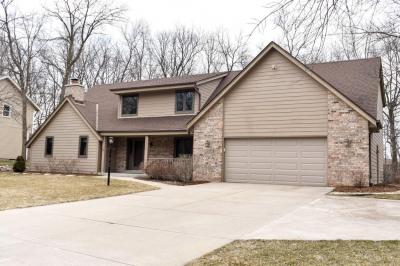 Photo of 4150 S Carnaby Ln, New Berlin, WI 53151