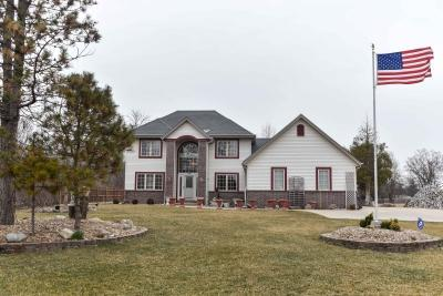 Photo of 8630 S 35th St, Franklin, WI 53132