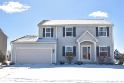Photo of 1807 Pintail Dr, West Bend, WI 53095