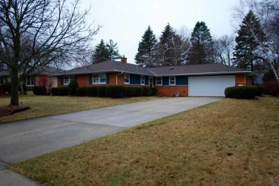 Photo of 668 S 14th Ave, West Bend, WI 53095
