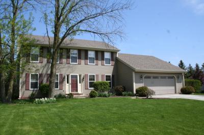 Photo of N104W16196 Hedge Way, Germantown, WI 53022