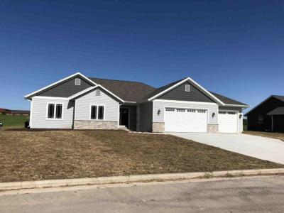 Photo of 1507 Bristlecone St, Howards Grove, WI 53083