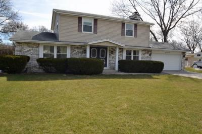Photo of 2460 S Brookside Pkwy, New Berlin, WI 53151
