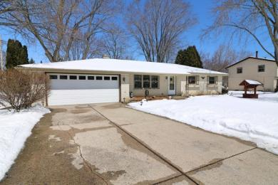 S68W12988 Camilla Dr, Muskego, WI 53150