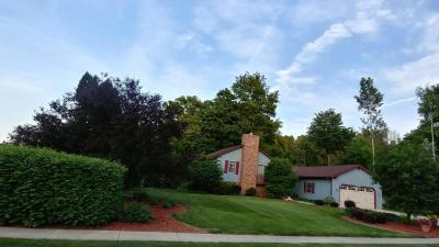 Photo of W198N16480 Linden Cir, Jackson, WI 53037