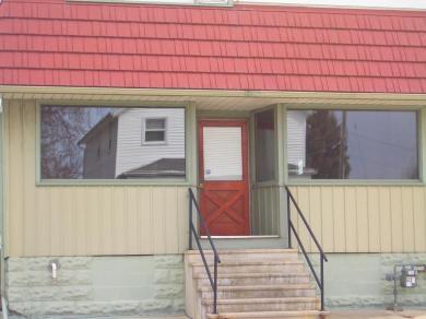 1633 Rawson, South Milwaukee, WI 53172