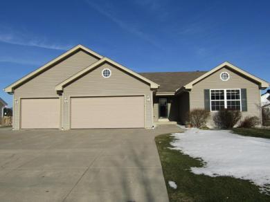 10828 S Shepard Ave, Oak Creek, WI 53154