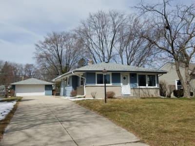 Photo of 4631 N 101st St, Wauwatosa, WI 53225