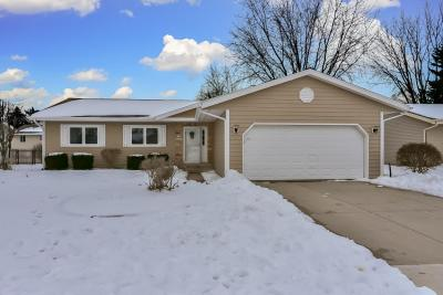 Photo of N169W20267 Chateau Dr, Jackson, WI 53037
