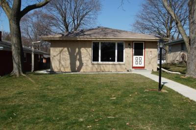 Photo of 4109 N 96th St, Wauwatosa, WI 53222