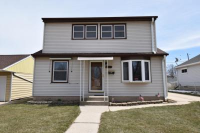 Photo of 4056 S Swift Ave, St Francis, WI 53235