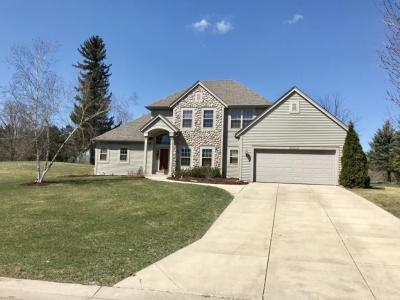 Photo of W227N7219 Woodland Creek Dr, Sussex, WI 53089