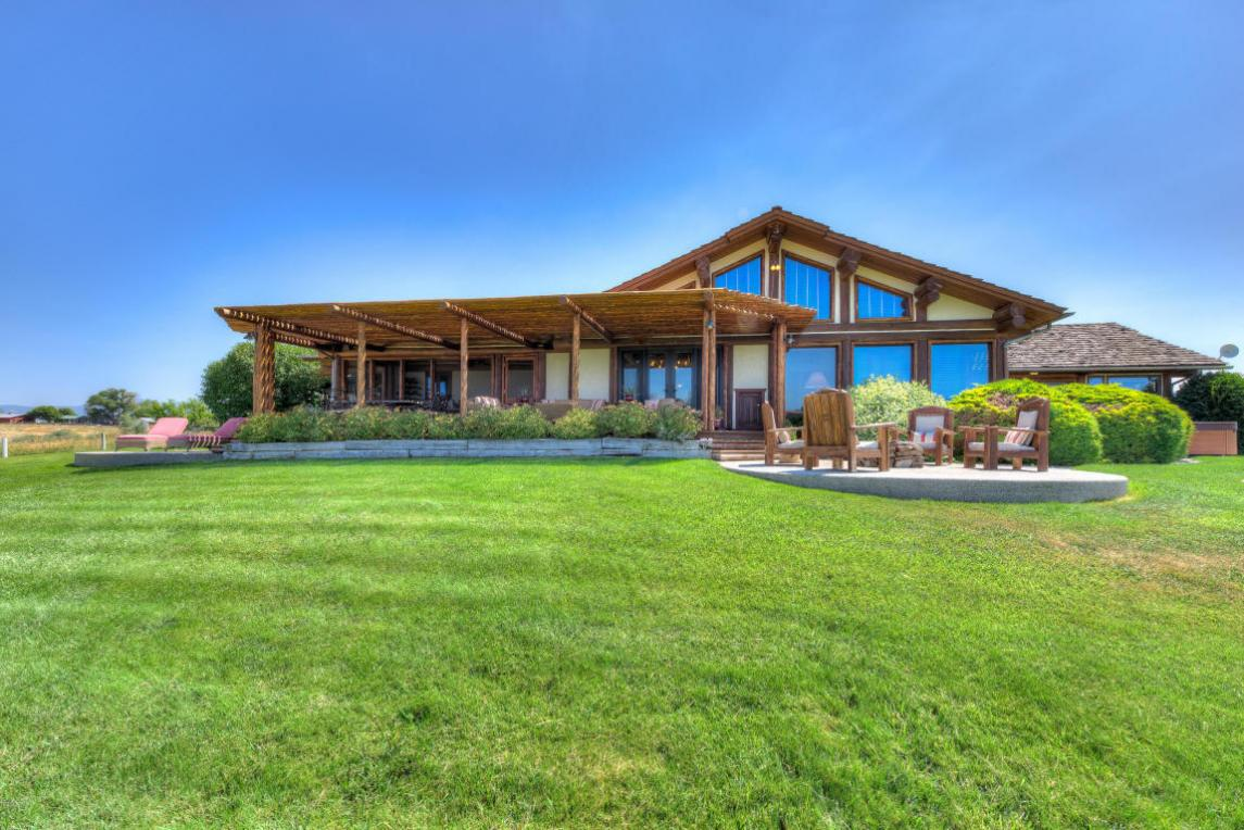 1359 Golf Course Road, Hamilton, MT 59840
