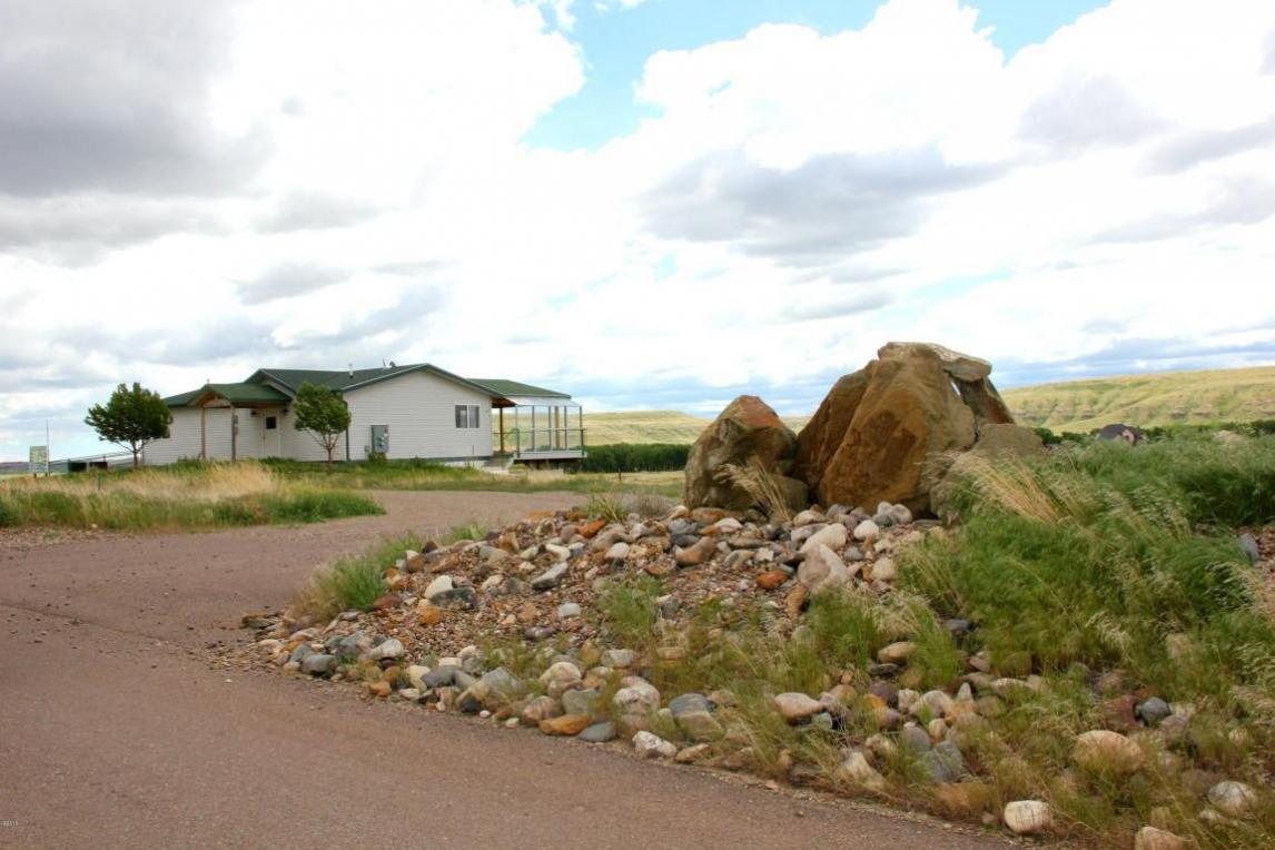 240 Sunflower Lane, Great Falls, MT 59404