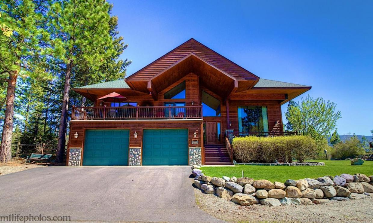 15571 Woods Bay Point, Bigfork, MT 59911