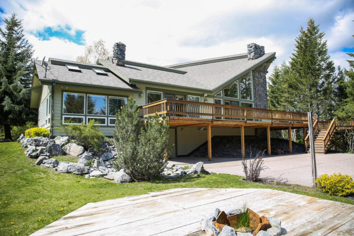 735 South Wakewood Drive, Kalispell, MT 59901