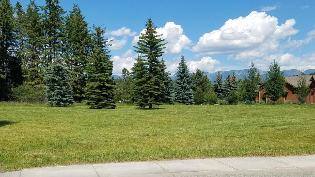 205 Harbor Drive, Bigfork, MT 59911