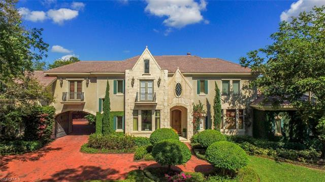 15315 Corsini Way, Naples, FL 34110