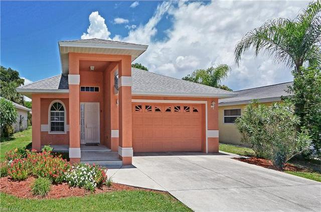677 97th Ave N, Naples, FL 34108
