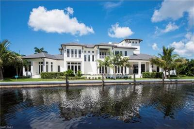 Photo of 2275 Trout Ct, Naples, FL 34102